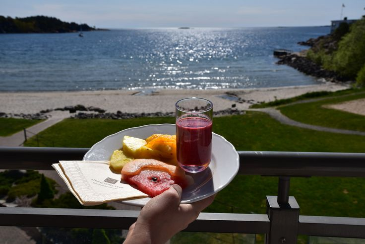 Fruit and smoothie served with a beautiful view at Strand Hotel Fevik, in Southern Norway.  Photo: E. Høibo©Visit Southern Norway