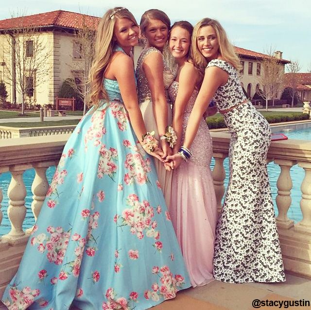 NewYorkDress Blog // 10 Ideas For #Prom Photography // Click through for more!
