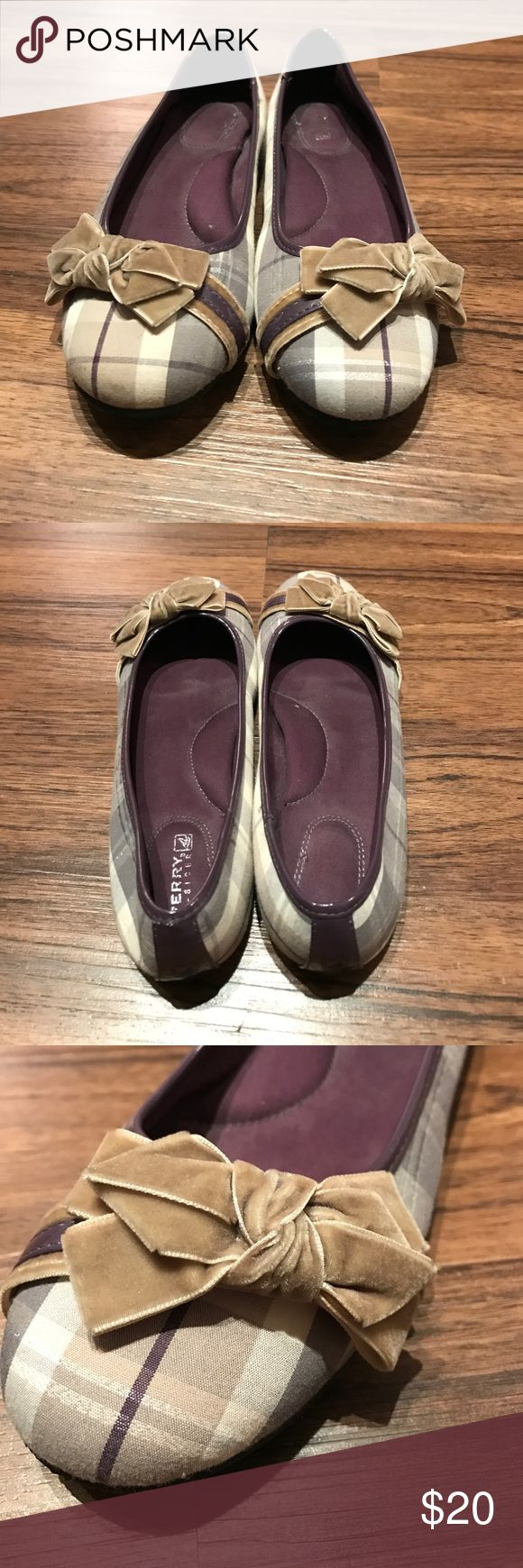 🎉SALE🎉 Sperry flats Worn only a handful of times! Unique find! Purple/gray plaid pattern with beige bows along the toe. Sperry Shoes Flats & Loafers