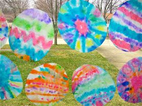The Chocolate Muffin Tree: Tie Dyed Coffee Filter Easter Eggs