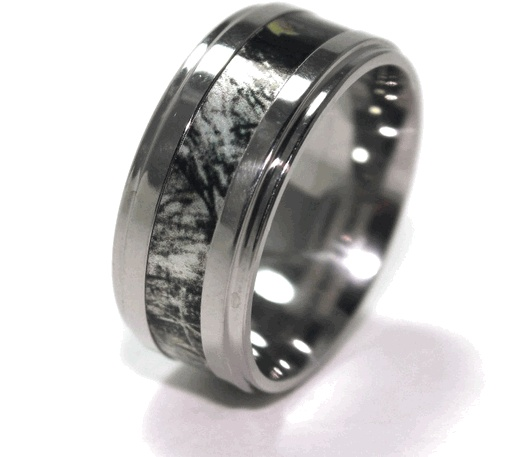 Two-Step Camouflage Band - Hardcore Camouflage Jewelry by Titanium-Buzz!