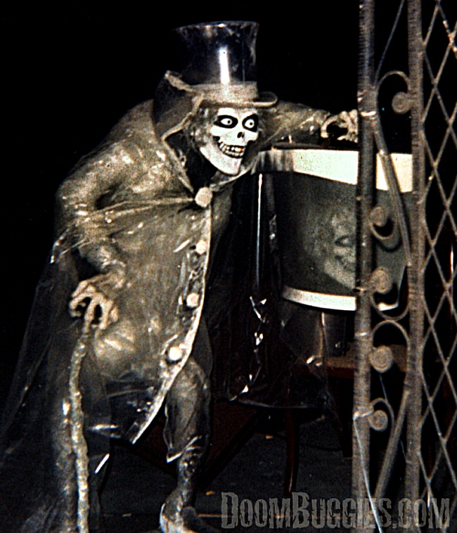 the haunted mansion's hatbox ghost #disneyland. - probably one of the only pictures of him!