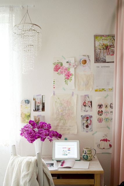 Bedroom Office of Annetta Bosakova | Flickr - Photo Sharing!