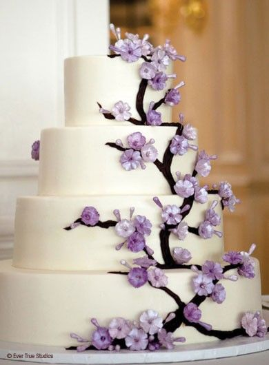 Chic Wedding Cakes with edible purple flowers- beautiful