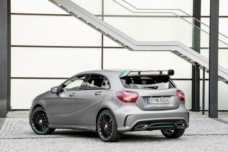 Mercedes Benz A 250 Motorsport Edition, mountain grey, interior leather / DINAMICA black
