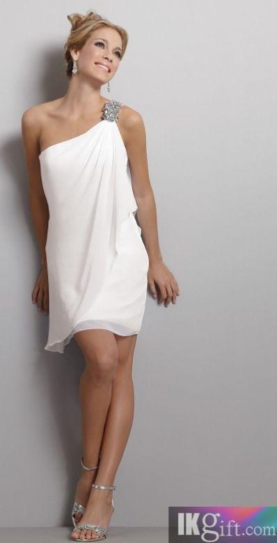 Chiffon Beach Wedding Dress. repined by http://theguayaberashirtstore.com