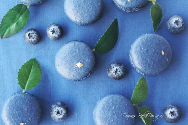 Emmas KakeDesign: Delicious blueberry macarons! Recipe on the blog www.emmaskakedesign.blogspot.com