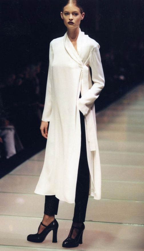 Gianfranco Ferré F/W 1997...I would wear this right now, from head to toe.