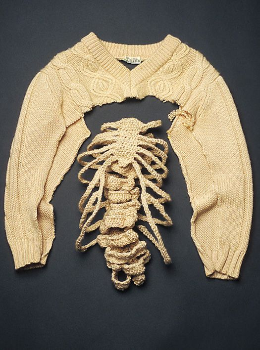 """rib cage sweater hack"" - Looks like June 3rd is ""rib cage"" day in KnitHacker.com land. Who's got a third?: Rib Cage, Sweaters, Fashion, Inspiration, Knitting, Art, Ribcage, Lydia Kenselaar, Textile"