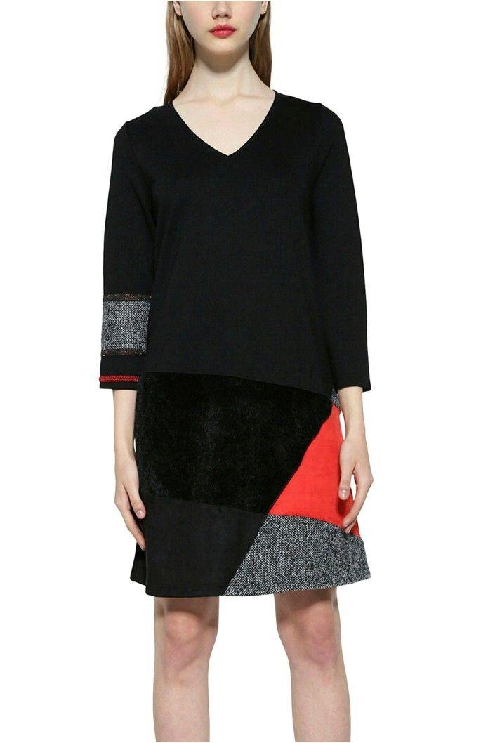 """Černá dámské šaty s 3/4 rukávem s """"áčkovou"""" sukní s barevnou vsadkou a aplikací na rukávu.Vnější materiál: 60% viskóza 16% PES 14% PA 4% PAC 4% vlna 2%"""