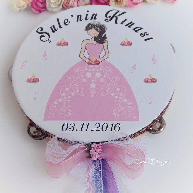 Şule Hanım'ın kına gecesi için hazırladığımız  gelin defi. #def #gelindefi #kinadefi #deridef #deri #kinagecesi #kinagecesiorganizasyonu #kına #halay #düğün #dugunhazirliklari #gelin #evlilikhazirliklari