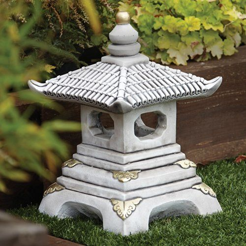 Charming Japanese Pagoda Lantern Garden Statue. Ideal As An Oriental Style Focal  Point.