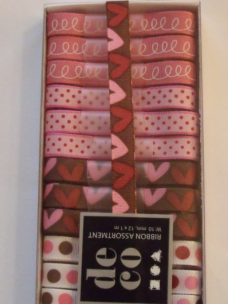 WOODWARE RIBBON COLLECTION - PINK RED BROWN -      Box of pinks, reds and browns coloured ribbons with 12 m of ribbon in 1m lengths. 3 of each of the 4 designs.