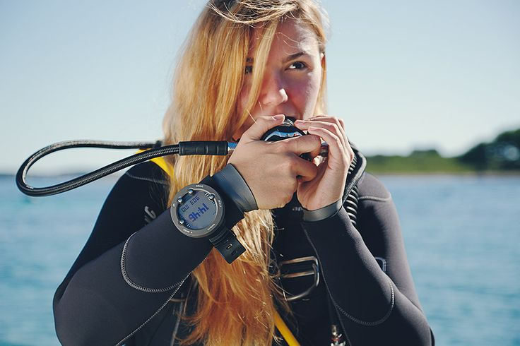 Suunto Vyper Novo - A mid level dive computer with wireless air integration, a compass, plus more.