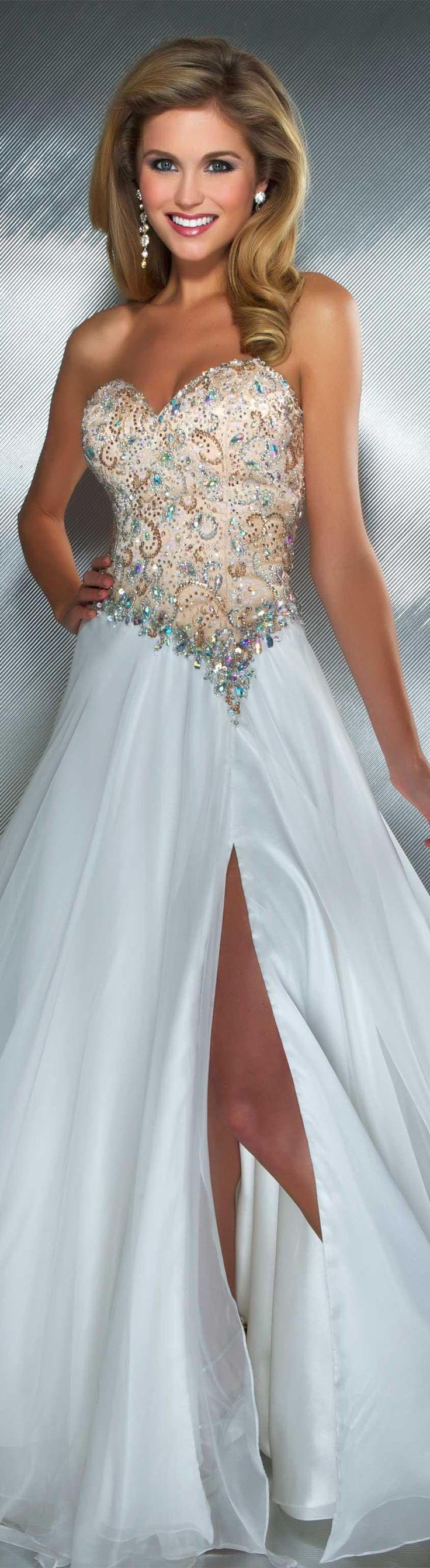 holy cow this is gorgeous.. don't wanna see the price tag.
