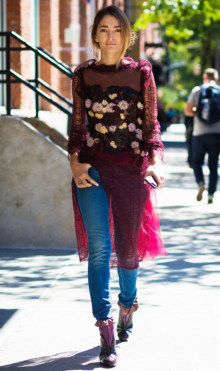 The 2017 Way to Wear Skinny Jeans (and Still Look Stylish) via @WhoWhatWearUK