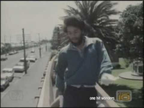 The original music video of Poi E. This was filmed during the time I lived in NZ. It therefore brings back sweet memories of my childhood there and of my aunties singing and jamming out to this song.