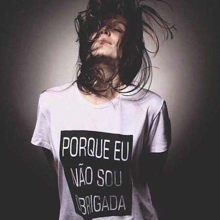 Tshirt Feminina Não sou Obrigada
