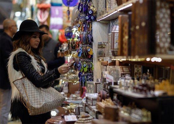 Grote Bazaar in Istanbul wordt gerestaureerd - De Standaard: http://www.standaard.be/cnt/dmf20160202_02104792