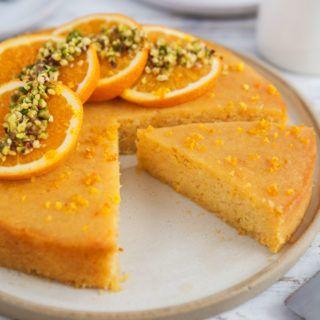 Vegan gluten-free orange polenta cake / Goodness is Gorgeous