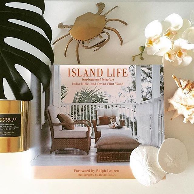 Absolutely loving this coastal inspired flat lay created by our customer @teatonbrown featuring her @cocolux_australia Brass Tonka Bean & Lime Zest candle bought from our store last week. www.dalyhouselifestyle.com FREE SHIPPING on our range of candles and cushions. Beautiful styling Tracy #cocolux #dalyhouselifestyle #shoponline #shopsmall #interiors #interiorinspo #interiordesign #interiorstyling #interiorinspiration #coastalhome #coastaldecor #coastalinteriors#candles