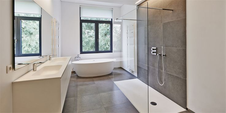 Emma speaks to an expert to find out the best tips to make over your bathroom, without the exorbitant price tag!