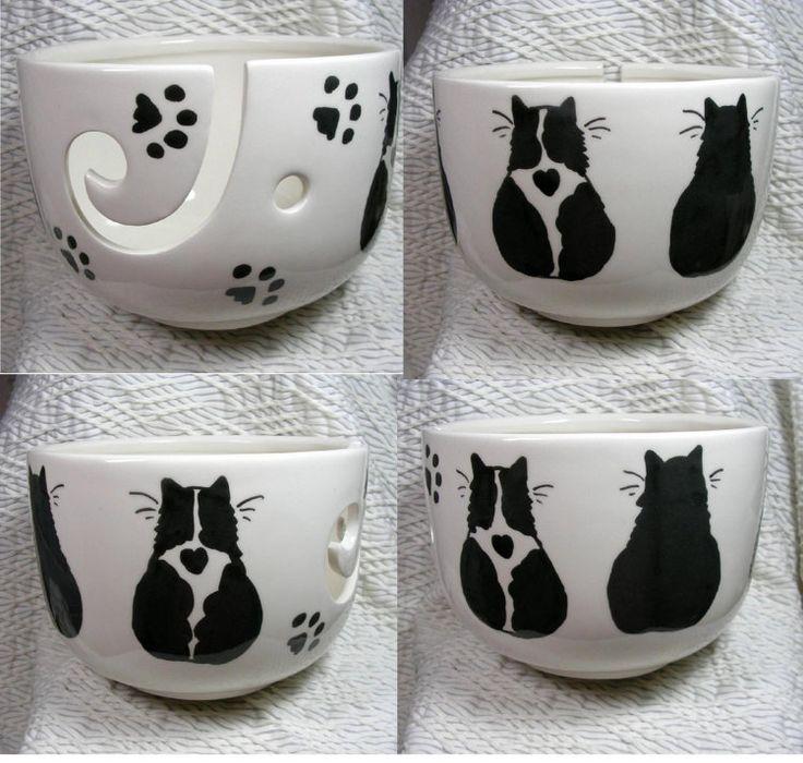 Zwart / wit en zwarte katten op garen kom door GoodNiteGracie