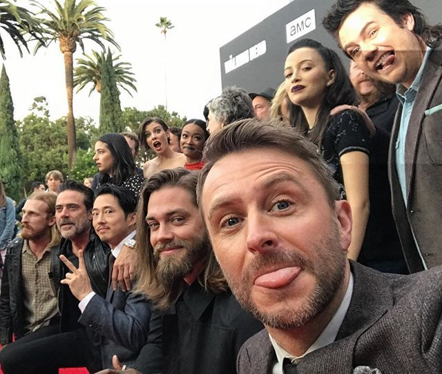 At the beginning of the night, got most of everyone in and even caught a bit of the press line camera flash at the top slicing @joshmcdermitt's face in half. #TWD7