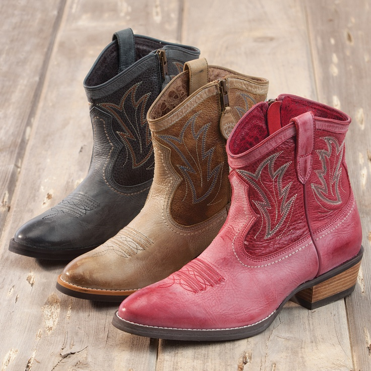 1000  images about Ariat on Pinterest   Fringes Boots and Crossfire