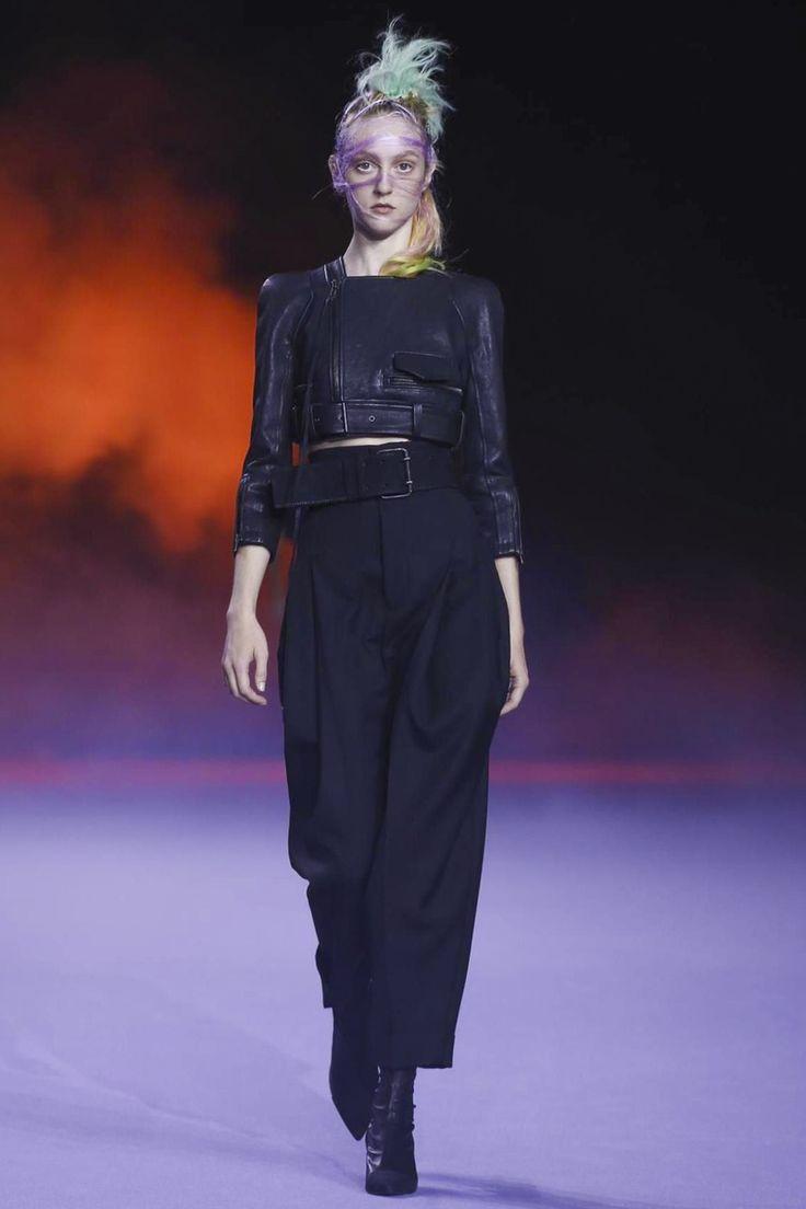 Haider Ackermann Ready To Wear Spring Summer 2016 Paris - NOWFASHION