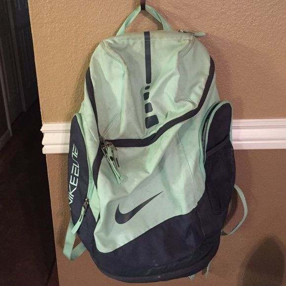 Nike elite backpack (light mint green) Nike elite backpack (has one pocket that has a broken zipper) Nike Bags Backpacks