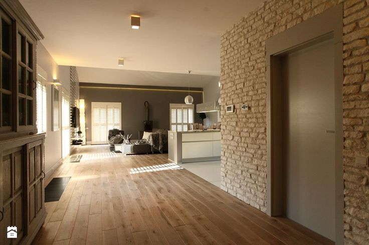 dom w Wawrze - projekt zrealizowany dla programu TV Dekoratornia - zdjęcie od bemydesign - Hol / Przedpokój - Styl Skandynawski - bemydesign