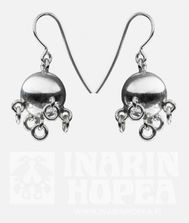 Cradle Ball Earrings, 12 mm  #korvakorut, #earrings, #Ohrringe, #Boucles d'oreilles, #СЕРЬГИ  Lapin koruja, hopeasepänliike Inarin Hopea. Jewellery from Lapland, Inari, Finland. Silver jewellery #inarinhopea, #inari, #lappi, #lapland, #jewellery  www.inarinhopea.fi