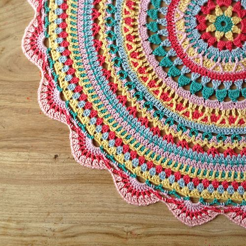 Crochet Multiple Colors : Mandaly on Pinterest