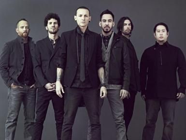 Love Linkin Park at the moment :3