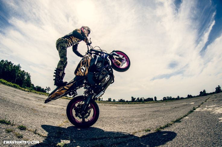 #iconmotosports #shaguar #iconshaguar #stuntrider #wheelies #stuntbike #zx6r #iconalliancegt #helmet #stuntgirl #ewastunts #magura #ebcbrakes #helhoses #samcohoses #k&n #knfilters #motorcycle #bikelife #canon #tamron #ladyrider #femalestuntrider #rideicon #rideamongus #helbrakelines #racebikebitz #ninja636 #motogirl #stunt #stuntriding #rockthegear #ridinggear