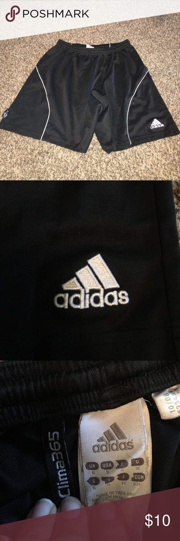 Black adidas soccer shorts All black adidas soccer shorts. Climacool material, gently worn. Size small Adidas Shorts