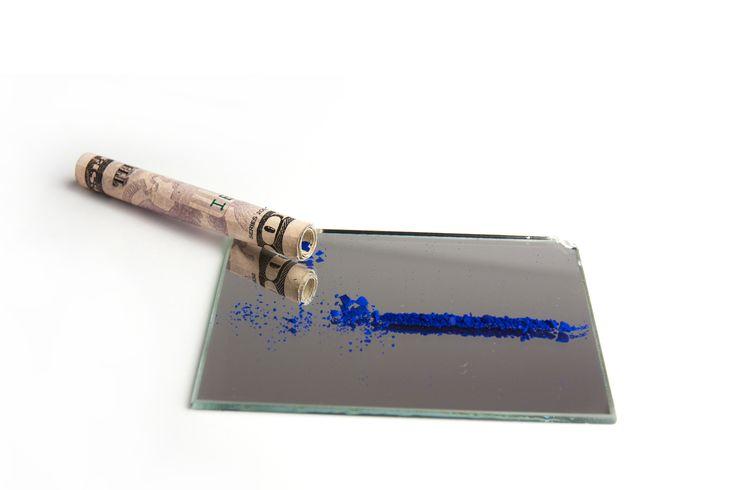 Raphael T. Deinert, THIS ONE JUST BLUE YOUR MIND http://www.pinterest.com/ertede/blaueblumen/