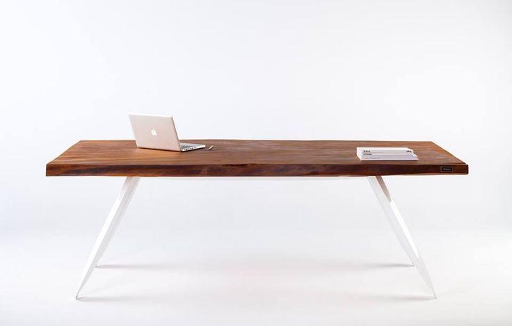 Mesa de diseño minimalista