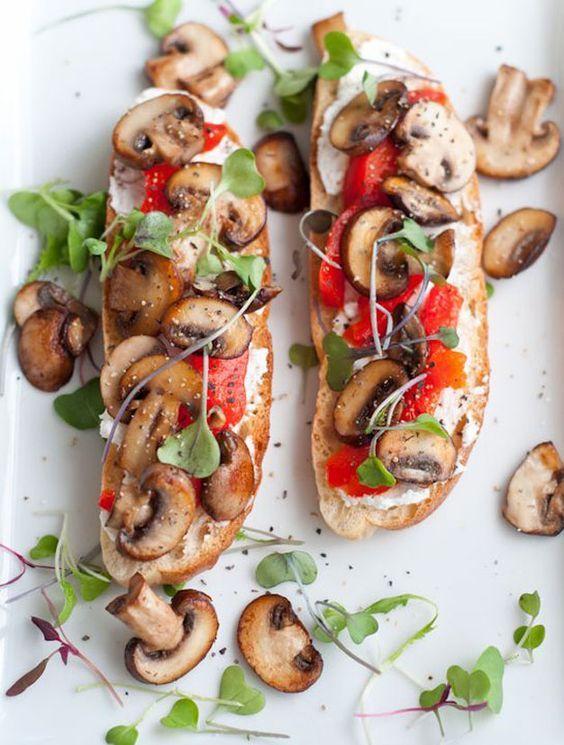 Le beau temps n'est pas au rendez-vous: pourquoi ne pas passer du temps en cuisine, pour oublier qu'il fait gris? Ces 25 tartines salées trouvées sur Pinterest vont vous inspirer pour vos prochains repas gourmand...
