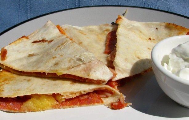 pizzadillas pizza quesadilla quesadillas tortilla pizza quesadilla ...