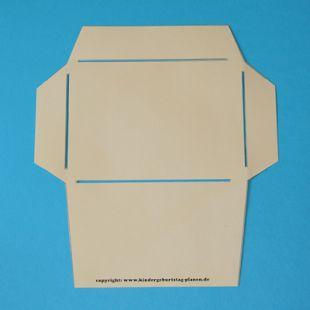 die besten 17 ideen zu umschlagsvorlagen auf pinterest papier handwerk vorlagen papierk sten. Black Bedroom Furniture Sets. Home Design Ideas