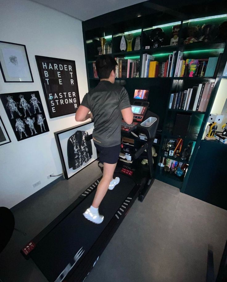 We Love Seeing Our Equipment In Action Thanks For Sharing Officialtimyap Soletreadmills Solefitness Homegym W Cardio Burn Home Gym Ellipticals