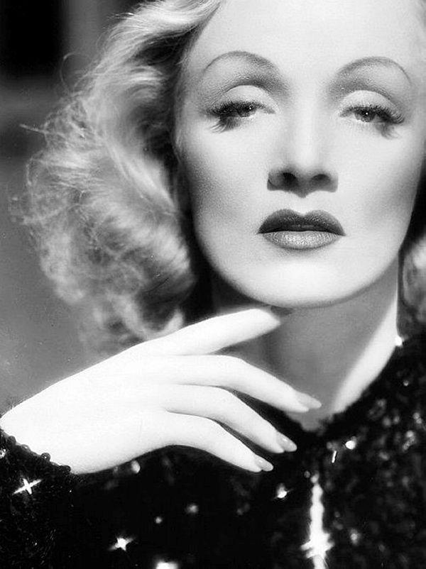 Marlene Dietrich, 1941