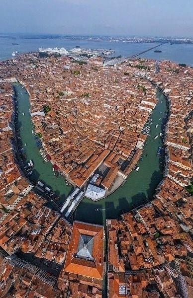 Una perspectiva diferente de Venecia, Italia.