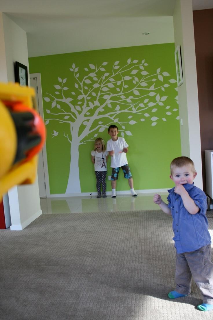 Arbre sur mur: Kids Bathroom Murals, Trees Wall Murals, Classroom Wall, Green Wall, Houses Ideas, Houses Decor, Bathroom Murals Ideas, White Trees, Trees Murals
