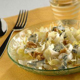 insalata di indivia belga, noci e roquefort