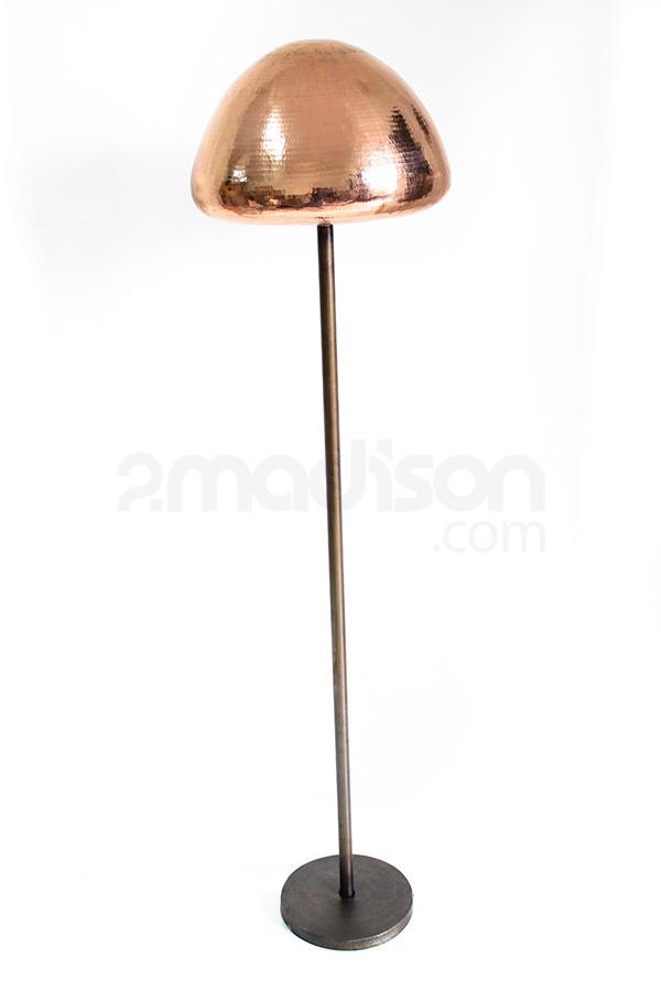 Modern style desk lamp Designer : Madison Collection : Timeless Piece