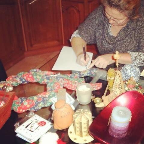 Akkor írjuk össze, hogy mi kell még:) Advent, gyertya, dísz.