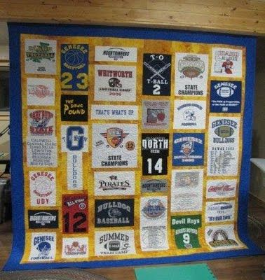 T shirt quilt from BunkHouse Quilts. Something to do with all the t shirts I don't wear but cant get rid of!: Sewing, Tshirtquilt, Tshirt Quilt, Quilt Ideas, Quilty Things, Quilting, T Shirts Quilt, Quilt Tutorials, Bunkhouse